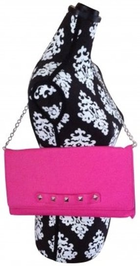 Preload https://item2.tradesy.com/images/betsey-johnson-pyramid-pink-clutch-135976-0-0.jpg?width=440&height=440