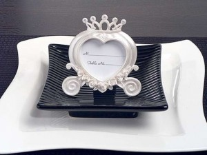 White Heart Shaped Coach Place Card Frame Pearl White-set Of 10 Wedding Favors