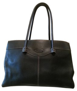 Tod's Shoulder Luxury Tote in Brownish Black