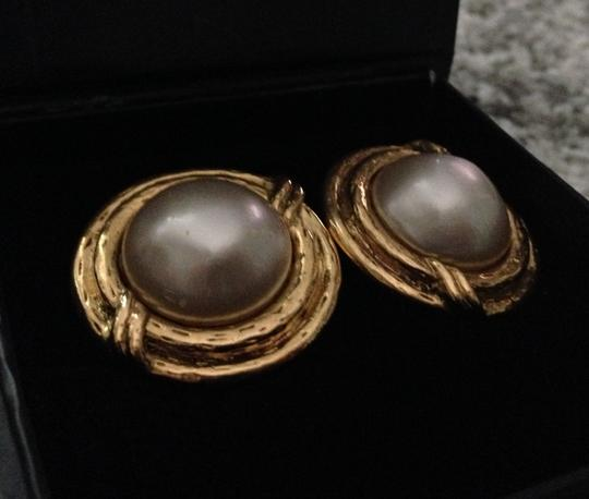 Chanel Chanel Gold Toned Pearl Clip Earrings