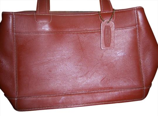 Preload https://img-static.tradesy.com/item/1360517/158-104-saddle-brown-cowhide-tote-0-0-540-540.jpg