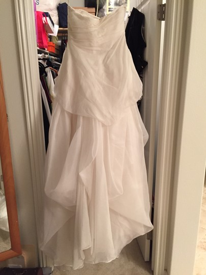 Vera Wang Ivory Maize Organza Spring 2009 Traditional Wedding Dress Size 4 (S)