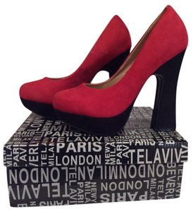 Designs By Jocobies Plat Platform Chunky Heel Round Toe Red with Black Boots