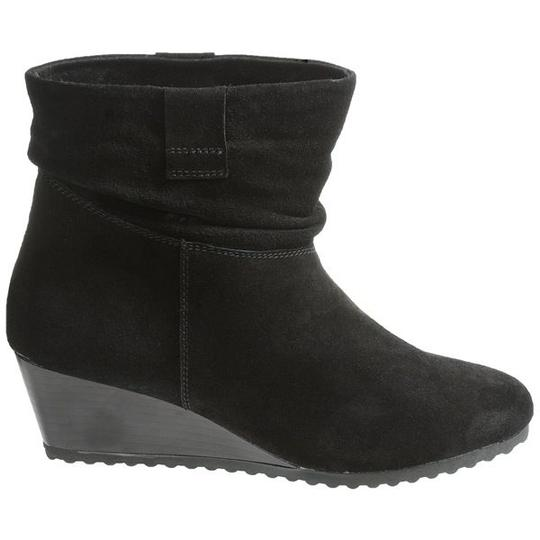Preload https://item3.tradesy.com/images/bastien-slouch-bootie-comfortable-black-boots-1361232-0-0.jpg?width=440&height=440