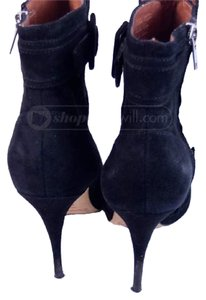 Elizabeth and James Ankle 7 Suede Black Boots