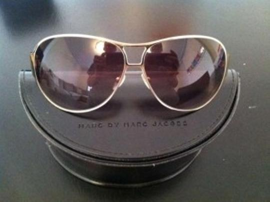 Marc Jacobs Marc Jacobs Taupe/Gold Metal Aviator Sunglasses