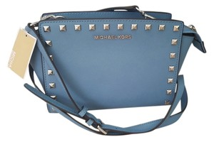 Michael Kors Studded Rare Stud Selma Blue Messenger Bag