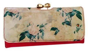 Ted Baker Brand New Ted Baker Timeless Romantic Matinee Floral Pink Wallet