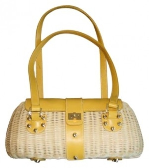 Preload https://item3.tradesy.com/images/etienne-aigner-aignerstrawhandbag-mustard-straw-baguette-136167-0-0.jpg?width=440&height=440