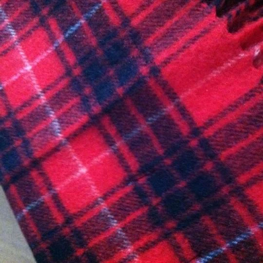 Other New 100% cashmere scarf