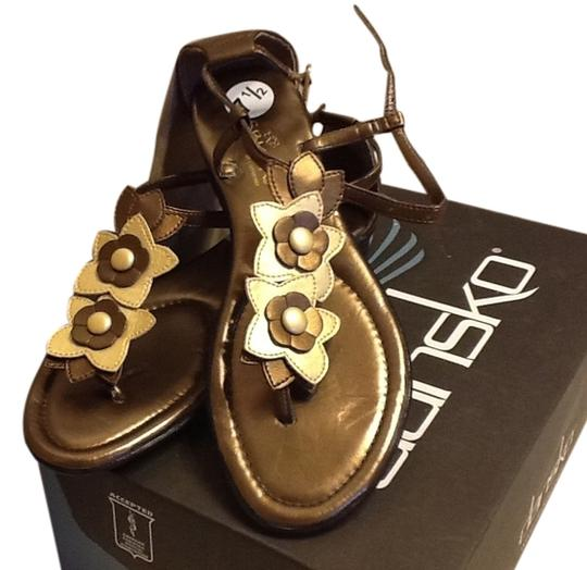 Sbicca Cute Floral Straps Gold/Copper Sandals