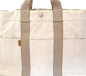 Hermès Canvas Handbag Handbag Computer Beach Tout Business Tote in Cream & Tan