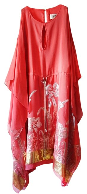 Item - Coral with Gold and Silver Thread Metallic Silk Knee Length Night Out Dress Size 10 (M)