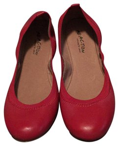 Kenneth Cole Reaction Red Flats