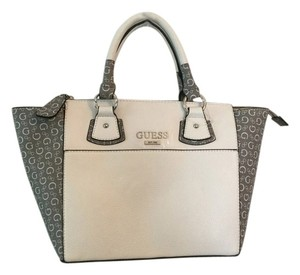 Guess Satchel in TAUPE MULTI