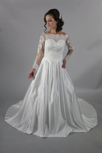 Handmade A-line New Arrival Dubai Appliqued Satin Bridal Gown Boat Neck Lace Long Sleeve Wedding Dress Wedding Dress