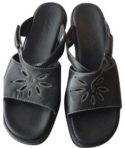 Clarks Floral Cut Out black leather Sandals