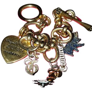 Juicy Couture Juicy Couture gold charm bracelet scottie G&P