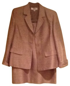 Suit Studio Skirt Suit