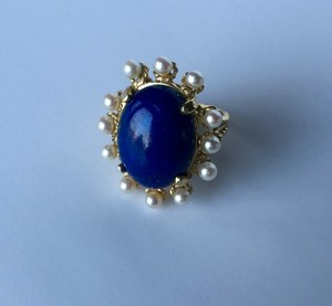 VINTAGE 14K YELLOW GOLD RING WITH LARGE BLUE STONE AND PEARLS
