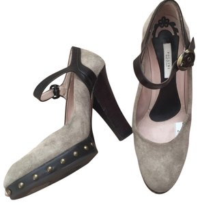 Pollini Beige Pumps