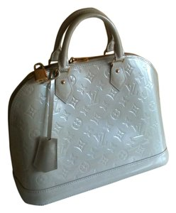 Louis Vuitton Satchel in creme ivory