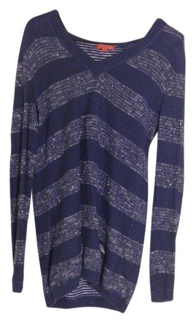 Preload https://img-static.tradesy.com/item/1363722/tommy-bahama-navy-and-white-sweaterpullover-size-2-xs-0-0-650-650.jpg