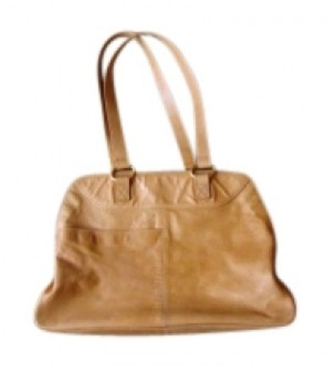 Preload https://item4.tradesy.com/images/latico-large-tote-tan-leather-shoulder-bag-136378-0-0.jpg?width=440&height=440