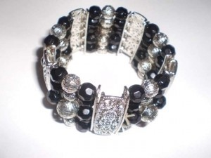 Body Central Black & Silver Beaded bracelet
