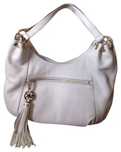 Michael Kors White Leather Tassel Charm New Tote in Oyster White