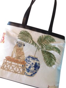 Rob ference Tote in Cream wilti color