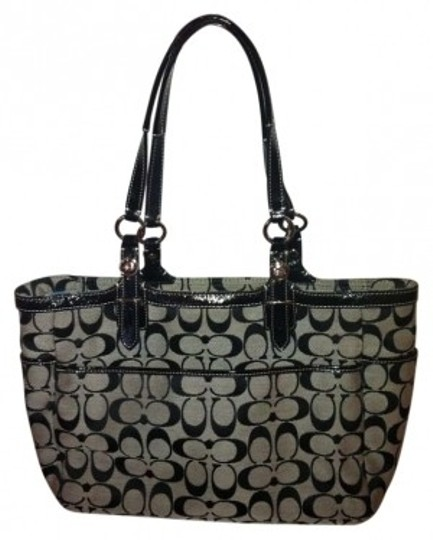 Preload https://item1.tradesy.com/images/coach-purse-designer-black-canvasleather-shoulder-bag-136420-0-0.jpg?width=440&height=440