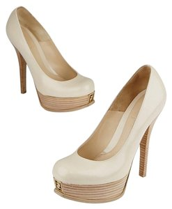 Fendi Beige Pumps