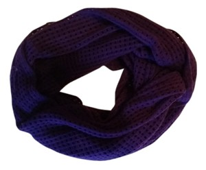 Forever 21 purple infinity scarf