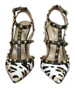 Valentino Black, white, tan Pumps