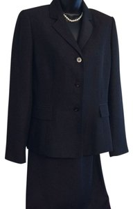 Jones Wear Jones Wear Skirt Suit - Size 6