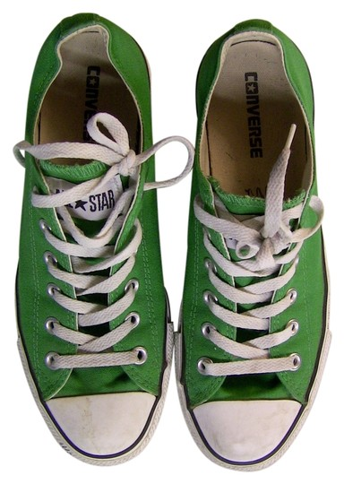 Preload https://item3.tradesy.com/images/converse-green-white-flats-size-us-10-regular-m-b-13651342-0-1.jpg?width=440&height=440