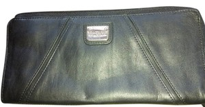 Kenneth Cole Reaction new without tags wristlet