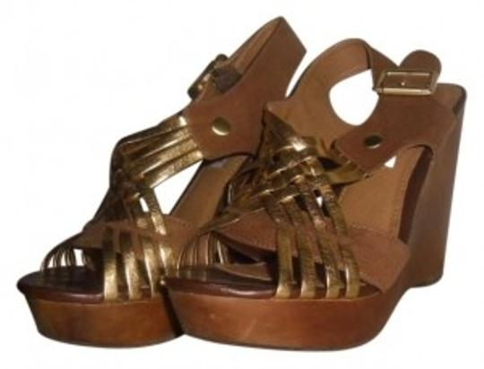 Preload https://item1.tradesy.com/images/steve-madden-tan-and-gold-sandals-wedges-size-us-6-136555-0-0.jpg?width=440&height=440