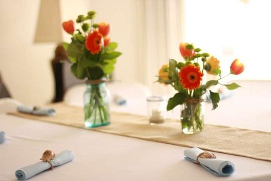 Preload https://item1.tradesy.com/images/white-seven-round-for-tables-of-eight-tablecloth-136585-0-0.jpg?width=440&height=440