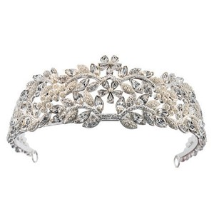 Giavan Swarovski Crystal And Pearl Tiara By Giavan