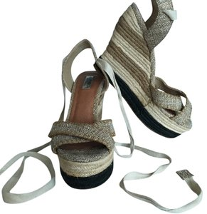 Halogen Beige Wedges