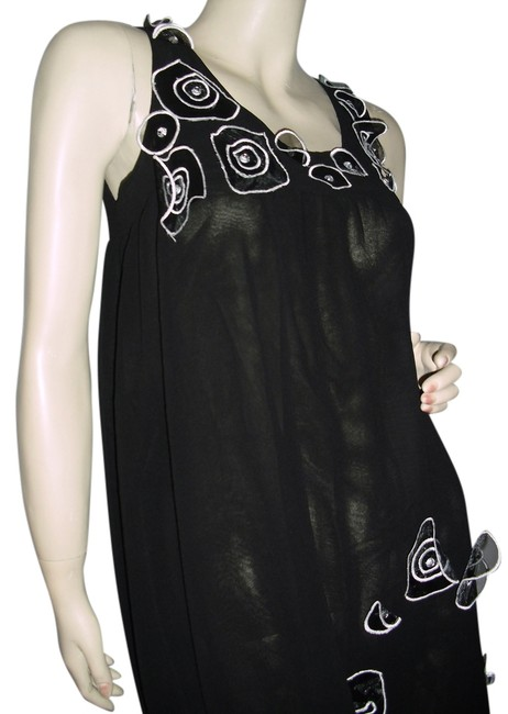 Item - Black Round White Appliques Little Above Knee Cocktail Dress Size 6 (S)