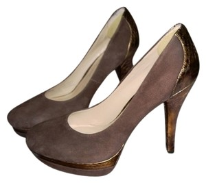 Franco Sarto Size 7 Suede Brown Pumps