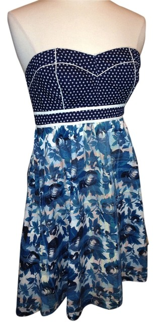 Preload https://item2.tradesy.com/images/kimchi-blue-multi-colors-above-knee-short-casual-dress-size-6-s-1367281-0-0.jpg?width=400&height=650