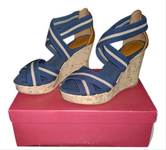 Merona Size 7 Size 7 Navy Never Worn Navy blue/tan Wedges
