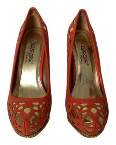 DbDk Red and Gold Pumps