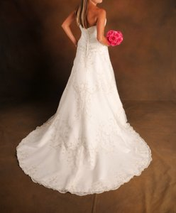 Casablanca Casablanca Beaded Beautiful Wedding Gown Wedding Dress