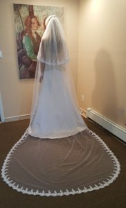 2 Tier Light Ivory Cathedral Veil With Comb