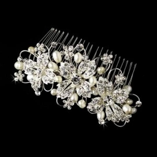 Elegance by Carbonneau Silver Freshwater Pearl Rhinestone Comb Hair Accessory